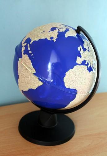 Globe terre et eau Montessori