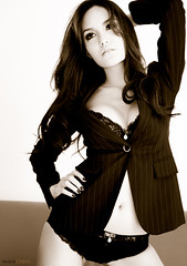 _DSF1983 (imagechefs) Tags: portrait 50mm bikini 50150 s5pro