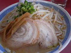 譲「みそ中華(中)」(580円)