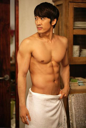 Song Seung Hun's Sexy Six Pack Abs