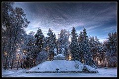 ProPatria [Explored] (PSSX200(Jani Mllri)) Tags: winter church statue canon suomi finland eos rovaniemi cemetary explore 1022mm hdr 550d