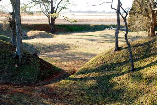 v Etowah Indian Mounds 139
