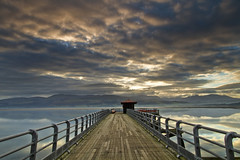 Y pier (i.m.j.) Tags: blue sea mountain beach water wales clouds sunrise landscape dawn coast pier vanishingpoint cymru wideangle beaumaris eryri anglesey hss ynysmn imj tirlun efs1022mm13545usm canon7d