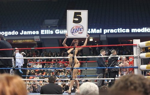 Ring Card Girl