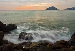 Crepuscle from Petrelle (Rocco V.A.) Tags: longexposure sunset seascape landscape santangelo panorami seawaves isoladischia canonef1740f4lusm canoneos450d baranodischia spiaggiadeimaronti panoramafotogrfico seamotion mygearandme