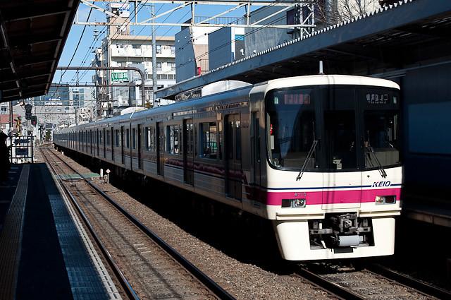 京王電鉄8000系 8028F 8連準特急