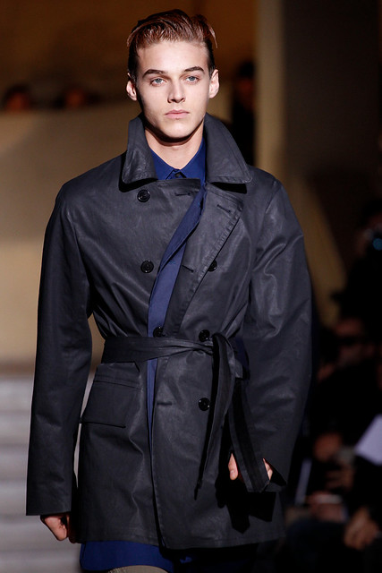 Robbie Wadge3448_FW11_Paris_Dries Van Noten(VOGUEcom)