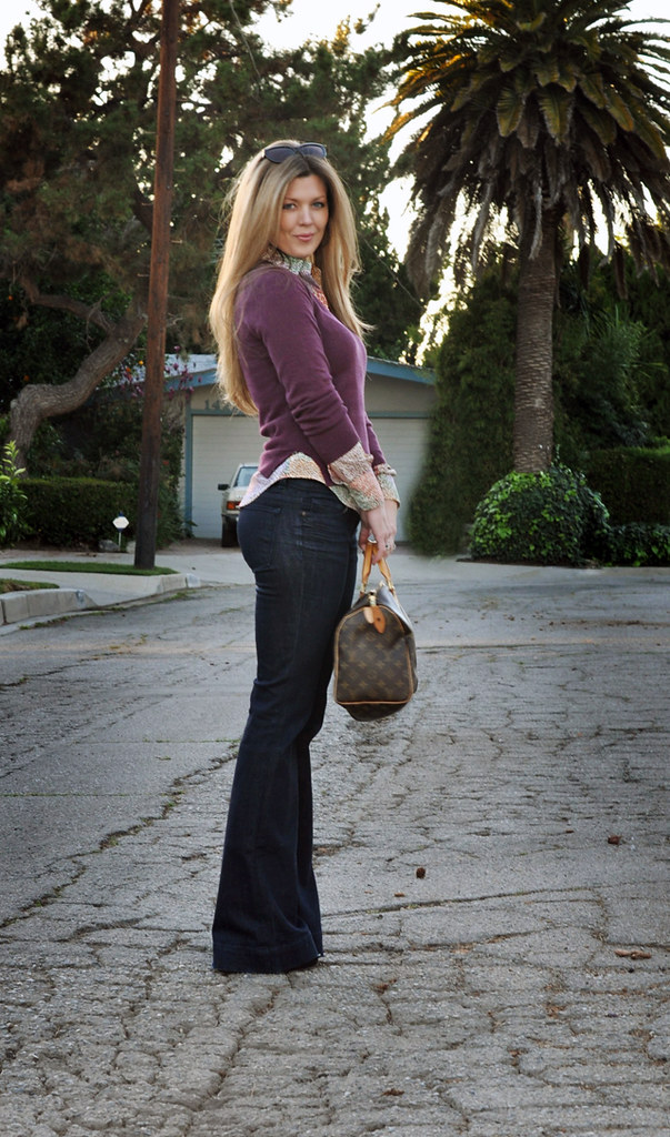 flared j brand lovestory jeans with a vintage halston sweater and vintage tucci blouse, tom ford cat eye sunglasses, pour la victoire shoes, platforms with socks, love story jeans, j brand jeans, 1970's look, longDSC_0058