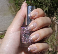 Francesinha de Glitter! (Lelê Breveglieri) Tags: glitter nail polish spitfire unha esmalte francesinha pureice