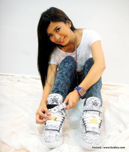 Elly1