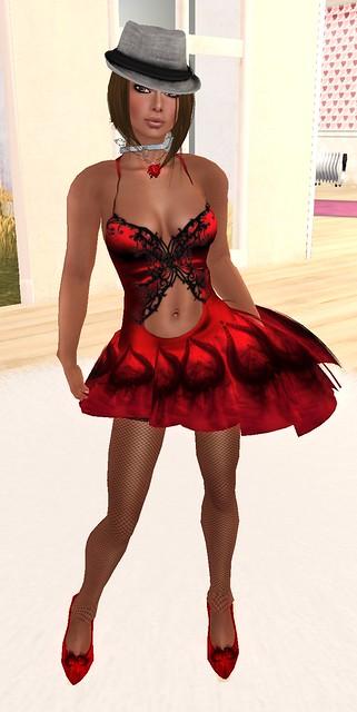 60L Chic Boutique Vassnia Heartbeats outfit