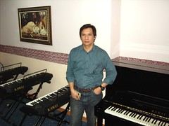 Jefrey Sembiring - Workplace (Jefreyas) Tags: music piano teacher jakarta jefrey sembiring