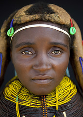 Mwila woman - Angola (Eric Lafforgue) Tags: woman tourism face culture tribal tribes tradition tribe ethnic tribo huila angola ethnology tribu tourismo mwela ethnie 80015  mumuila  muhuila  mwila