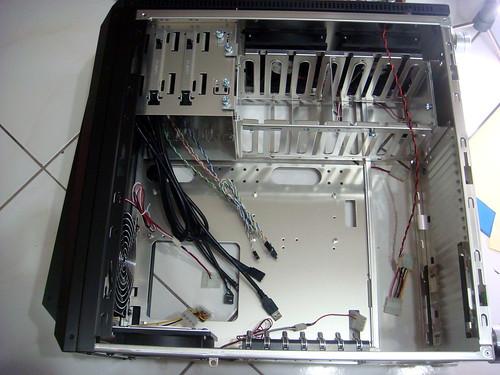 機殼內部-聯力PC-B25s