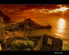 Tramonto a Portovenere (sirVictor59) Tags: sunset italy nikon europe italia tramonto liguria cinqueterre portovenere laspezia d300 spietro 10mm sigma1020 digitalcameraclub 1020sigma sirvictor59 100commentgroup mygearandme flickrstruereflection1