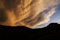 Tras la tormenta / After the storm (Ahio) Tags: sunset sky storm rain silhouette clouds skies nationalgeographic smcpentaxda1224mmf40edalif fxb2g
