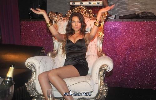 صور الراقصة كريمة المحروقي , صور كريمة المحروقي ,أفضل صور كريمة المحروق 2011