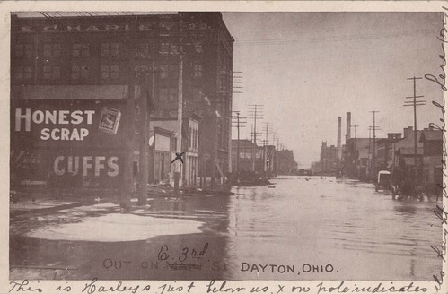 Out on [E. Third St.], Dayton, OH - 1913 Flood