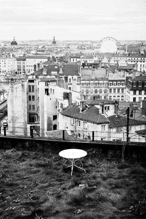 Lyon_table2