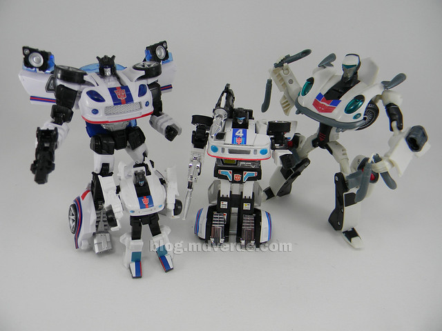 Transformers Jazz United Deluxe - modo robot vs otros Jazz