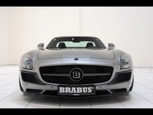 2011-Brabus-Mercedes-Benz-SLS-AMG-700-Biturbo-Front-1280x960