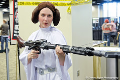 Now this is more like it! (poopoorama) Tags: seattle princessleia leia emeraldcitycomicon eccc 2011 nikond300 24120mmf4