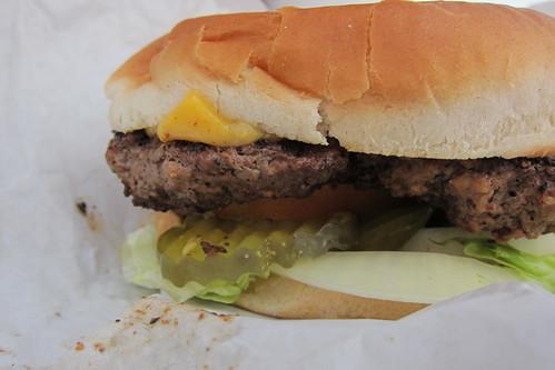 Master Burger: Cheeseburger