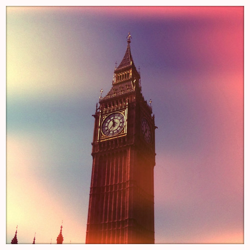 <span>londra</span>The Big Ben<br><br><p class='tag'>tag:<br/>design | londra | cultura | luoghi | </p>