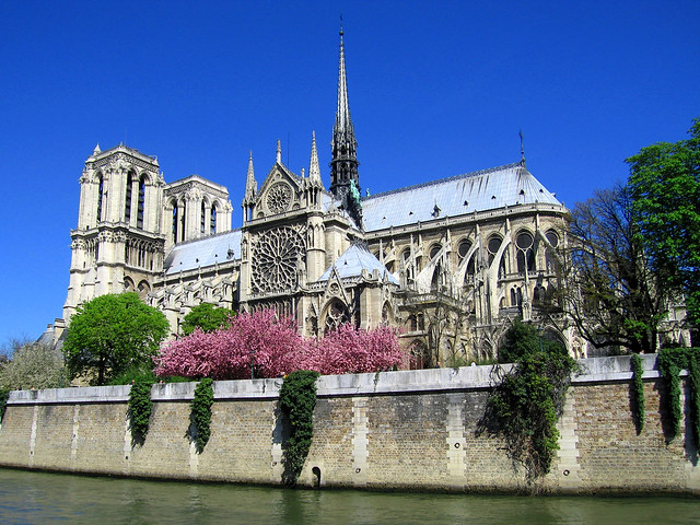 Notre-Dame-in-Paris--France-europe-541813_1600_1200