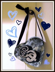 Silver Dollar Heart-Shaped Purse (ms.sad) Tags: silver diy heart handmade indigo dollar kawaii denim applique acidwash crossbodypurse rosewoodtext bleachoutdenim