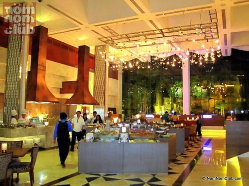 Corniche Buffet @ Diamond Hotel PH