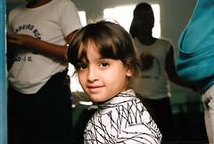 Ilha Design 2010 (Carine fel) Tags: brazil portrait film girl brasil analog 35mm nikon angra ilhagrande angradosreis garota criana analogica nikonf70 analogic analgico pelcula pellicola pellicule nikonfilm nikonanalog ilhadesign