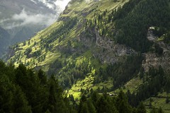 Zermatt (pierre hanquin) Tags: mountains alps color berg montagne alpes landscape geotagged schweiz switzerland nikon pierre zermatt matterhorn helvetia svizzera wallis ch valais montagnes myswitzerland hanquin