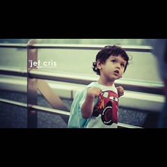 Higher (jef cris) Tags: boy people canon hongkong asia dof child bokeh candid strangers streetphotography naturallight cinematic higher jefcris
