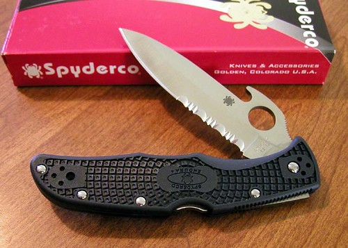 Spyderco-Endura 4 Wave