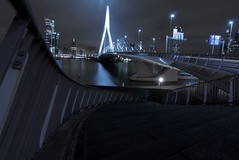 Erasmusbridge, R'dam. Just another Long Exposure. (Jodyvoshrotterdam) Tags: holland netherlands downtown raw r jody nightphotos erasmusbrug blueblack erasmusbridge rotjeknor rdam rotterdamzuid hoogbouw 1118mm manhattanaandemaas sonydsrla200 mooistestadvannederland jodyvoshrotterdamphoto jodyvoshrotterdam myfavcolorblue rotterdamstream jodyvosh