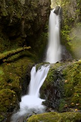 Another Peek at Lindsey Creek (Darrell Wyatt) Tags: fall waterfall columbiagorge crg columbiarivergorge lindseycreek