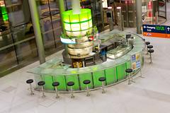 Green café (Blinde 8) Tags: green bar night germany deutschland airport bonn nightshot cologne köln terminal nrw flughafen rheinland rhineland cgn