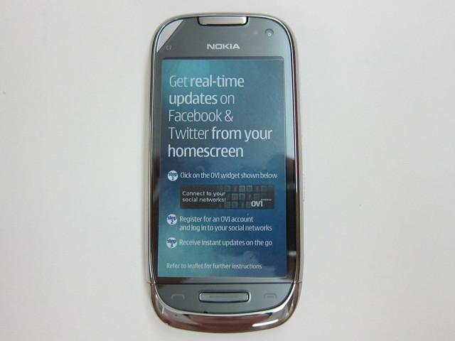 Nokia C7 Front