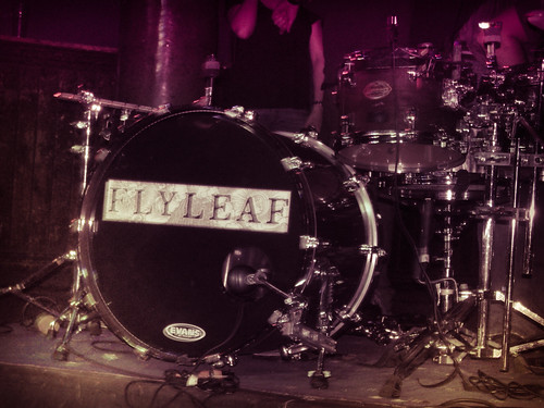 flyleaf (2)