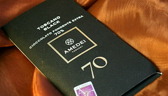 Amedei Toscano Black 70% Packaging (Chocolate Reviews) Tags: criollo 70 amedei darkchocolate toscano trinitario