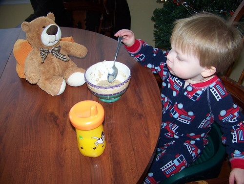 110123 Conway Visit 01 - Coleman eating oatmeal