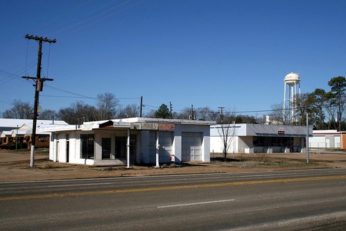 former gas station in alto