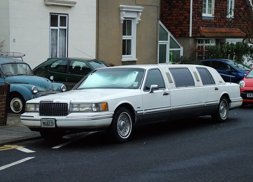 Lincoln Town Car Limo A Photo On Flickriver
