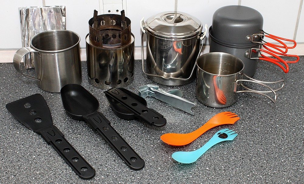 Bits ans bobs; outdoor cooking gear