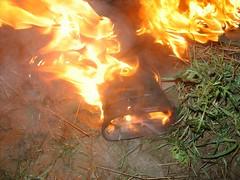 AGDSC05724 (sim_hom) Tags: fire burning wellies bottes aigle