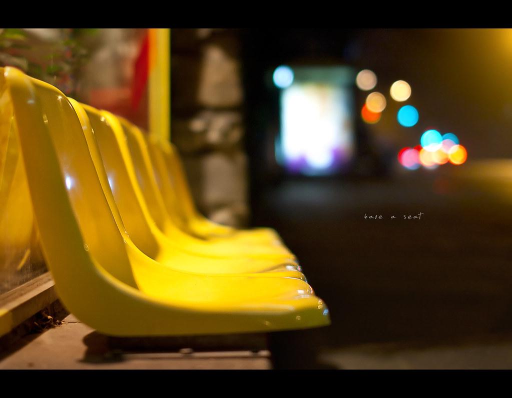 Day 203, 203/365, Project 365, Bokeh, seat, yellow, night, night scene, bokeh balls, bokeh bubbles, Sigma 50mm F1.4 EX DG HSM, 50mm