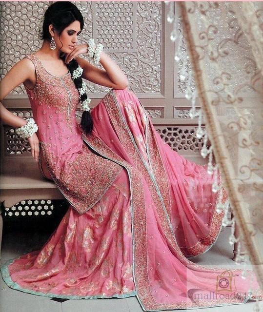Helpful hints on Bridal Salwar Kameez httpwwwmallroad247nethomeDesigner-salwar-kameez--Shalwar-kameez-online-cheap-price-p44html by NehaSharma1