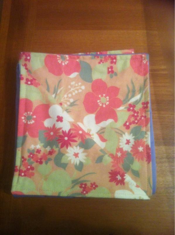 Waterproof pad/blanket
