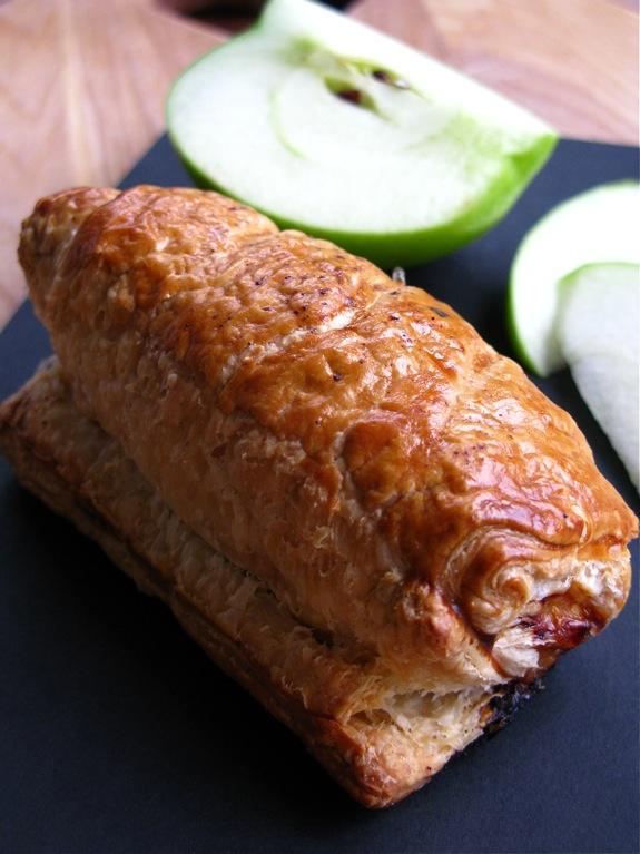 apple turkey sausage rolls 004